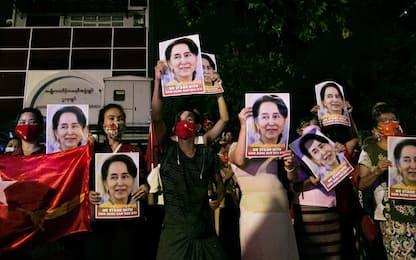 Myanmar, Aung San Suu Kyi in tribunale a 3 mesi dal colpo di stato
