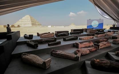 Egitto, scoperti a Saqqara oltre 100 sarcofagi di 2.500 anni fa