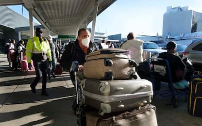 Usa, in 50 milioni viaggiano per il Ringraziamento nonostante il Covid