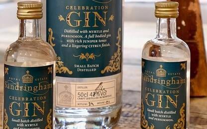 Regno Unito, la regina Elisabetta lancia un nuovo gin