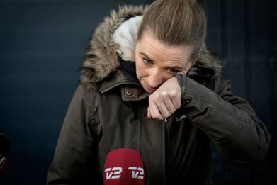 Covid, premier danese in lacrime per l'abbattimento dei visoni