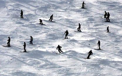 Covid, Austria: impianti sci riapriranno dal 24, ma solo per residenti