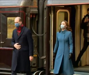 William e Kate in tour natalizio sul treno reale per la lotta al Covid