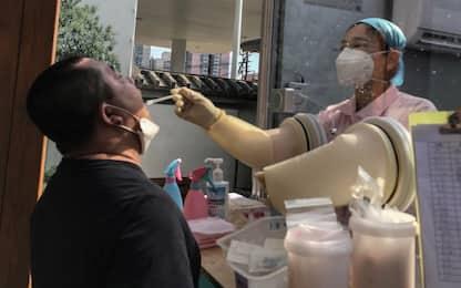 In Cina aumentano i casi di Covid, annullata la maratona di Wuhan