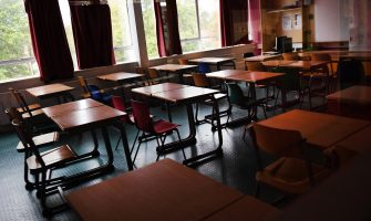 An empty class room at a school in southern London, Britain, 20 August 2020. The British government has stated that all schools, primary and secondary schools must reopen in September following lockdown due to the Coronavirus pandemic. ANSA/ANDY RAIN