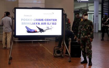 """Indonesia, persi contatti con Boeing. Il governo: """"È precipitato"""""""