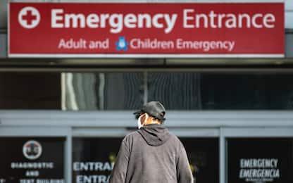 Covid Usa, raccomandata mascherina al chiuso anche per i vaccinati