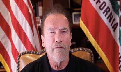 """Schwarzenegger su Instagram: """"Trump è un presidente fallito"""". VIDEO"""