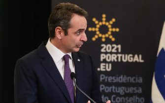 epa08931628 Greek Prime Minister Kyriakos Mitsotakis during a joint press conference with Portuguese Prime Minister Costa (not pictured) after their meeting in Lisbon, Portugal, 11 January 2021.  EPA/TIAGO PETINGA