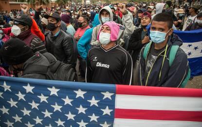 Guatemala, migranti fermati nella marcia verso gli Stati Uniti