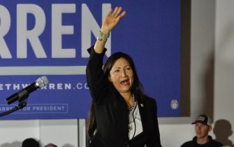 epa08891165 (FILE) - US Congresswomen Deb Haaland waves at supporters as surrogates and National Campaign co-chairs for Senator Warren hold a campaign act for Warren to be the 2020 Democratic presidential nominee, at the Curate in Des Moines, Iowa, USA, 31 January 2020 (reissued 18 December 2020). President-elect Joe Biden's transition team announced New Mexico Rep. Deb Haaland as his nominee for interior secretary. If confirmed by the Senate, Haaland would be the first Native American Cabinet secretary.  EPA/MATT MARTON *** Local Caption ***