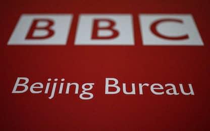 "Cina e Hong Kong oscurano la Bbc: ""Mina interessi nazionali"""