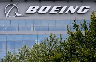 Russia, un Boeing 777 effettua un atterraggio d'emergenza a Mosca