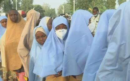 Nigeria, liberate le 279 studentesse rapite venerdì