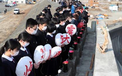 Fukushima, in Giappone minuto di silenzio per dieci anni da tsunami