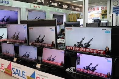 Corea del Nord, lancio di missili balistici nel Mar del Giappone