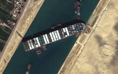 Canale di Suez, Al-Sisi ordina di prepararsi a scaricare Ever Given