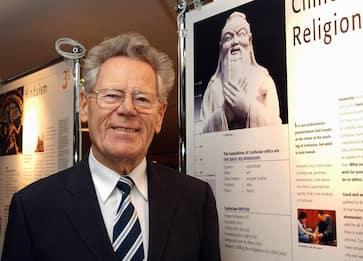 È morto Hans Kung, il teologo che contestò l'infallibilità del Papa