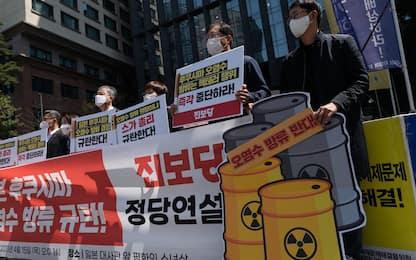 Acqua contaminata Fukushima in mare, proteste contro Giappone a Seul