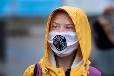 Covid, Greta dona 100mila euro all'Oms per i vaccini ai Paesi poveri