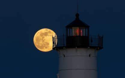 Arriva la superluna di maggio 2021: quando e come vederla