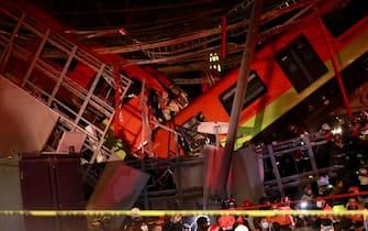 Città del Messico, crollo ponte