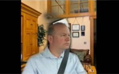Ohio, senatore Brenner partecipa a riunione su Zoom mentre guida