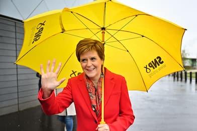 Uk, Johnson cerca la pace dopo successo dell'SNP in Scozia