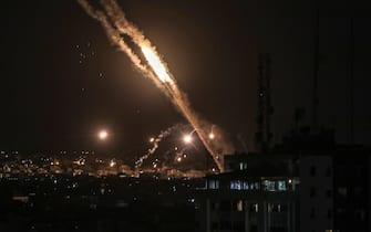 Razzi sparati nella Striscia di Gaza durante la notte