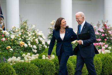Usa Weekly News, Biden: via la mascherina per i vaccinati