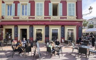 LE FLORE Petit-Dejeuner en Terrasse Restaurant Bar (deuxieme etape du deconfinement progressif) Vieux Nice FRANCE - 19/05/2021//SYSPEO_sysA002/2105191148/Credit:SYSPEO/SIPA/2105191153
