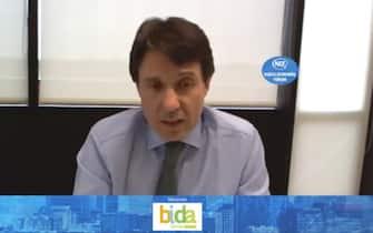 Juan Lopez-Belmonte, presidente dell'azienda farmaceutica spagnola ROVI, durante una video-conferenza