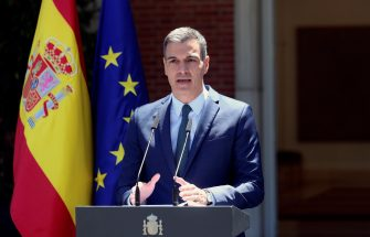 epa09208429 Spanish Prime Minister, Pedro Sanchez, addresses a press conference after the weekly Cabinet Meeting at Moncloa Palace in Madrid, Spain, 18 May 2021. Sanchez guaranteed Spain's territorial integrity and announced he is traveling to Ceuta, Spanish enclave on the north of Africa, after 5,000 Moroccan nationals managed to entry the city by sea during the night and hundreds of migrants continue to arrive.  EPA/Rodrigo Jimenez
