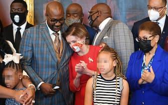 L'incontro al Campidoglio tra la famiglia di George Floyd e Nancy Pelosi