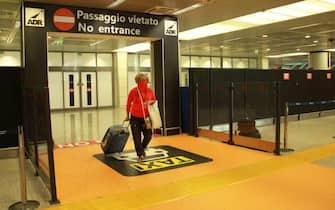 Stop quarantena da paesi UE, passeggeri in arrivo a Fiumicino.