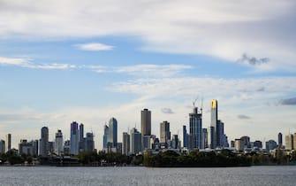 Motorsports: FIA Formula One World Championship 2019, Grand Prix of Australia,  City skyline of Melbourne