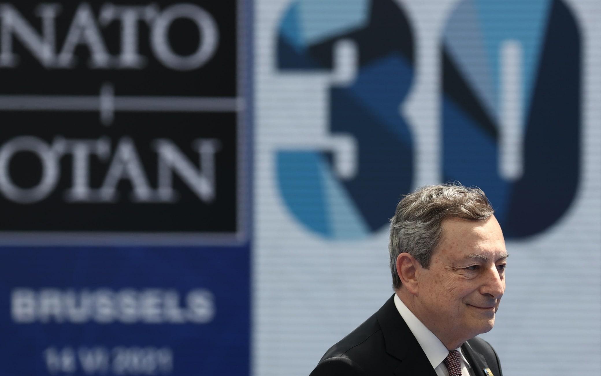 Il presidente del Consiglio Mario Draghi al vertice della Nato a Bruxelles