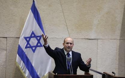 Israele, Bennett nuovo premier. Netanyahu all'opposizione dopo 12 anni