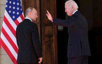epa09275851 US President Joe Biden (R) and Russian President Vladimir Putin (L) walk during the US-Russia summit at the Villa La Grange, in Geneva, Switzerland, 16 June 2021.  EPA/ALEXANDER ZEMLIANICHENKO / POOL