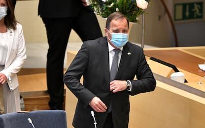 Svezia, sfiduciato il premier Lofven: è la prima volta che succede