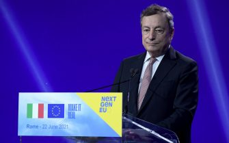 Italian Prime Minister Mario Draghi attends a press conference after a meeting with President of European Commission Ursula von der Leyen at Cinecitta' studios in Rome, Italy, 22 June 2021.  ANSA/ETTORE FERRARI