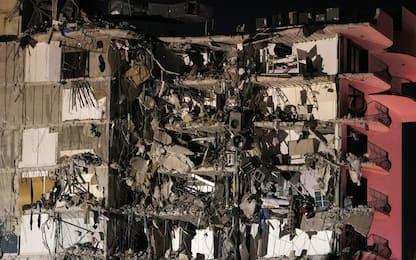 Miami, crolla palazzo di 12 piani. FOTO