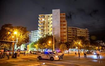 Il palazzo Crestview Towers, evacuato vicino Miami