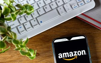 UKRAINE - 2021/06/06: In this photo illustration an Amazon logo seen displayed on a smartphone. (Photo Illustration by Igor Golovniov/SOPA Images/LightRocket via Getty Images)
