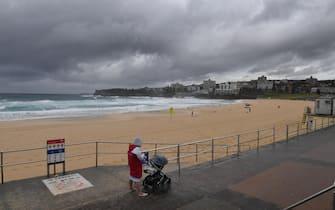 Covid, strade deserte a Sydney per il lockdown