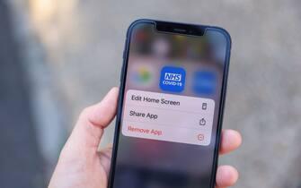 L'app Covid-19 dell'NHS, servizio sanitario nazionale britannico
