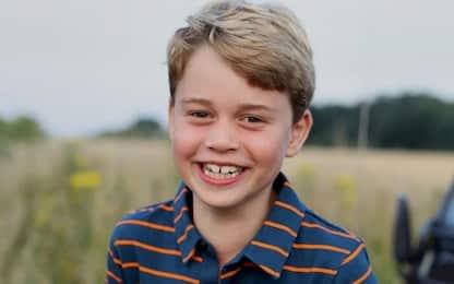 Il principe George compie 8 anni, la foto scattata da mamma Kate