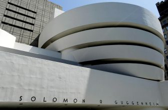 epa07701397 (FILE) - A view of the Solomon R. Guggenheim Museum designed by US architect Frank Lloyd Wright in New York, New York, USA, on 21 May 2009 (reissued 07 July 2019). The 20th century architecture of Frank Lloyd Wright was listed as World Heritage Site by UNESCO during the 43rd session of the World Heritage Committee in Baku, Azerbaijan, that runs from 30 June to 10 July 2019.  EPA/JUSTIN LANE
