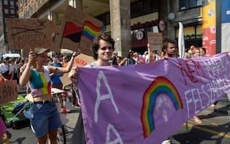 La sfilata del Gay Pride a Budapest