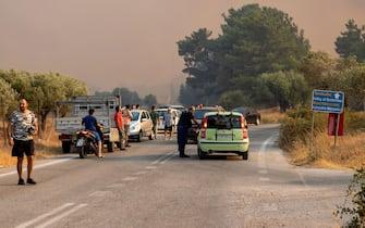 I disagi e i danni provocati dagli incendi in Grecia